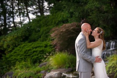 Katrina + Ronnie's First Look – Wedding at Vineyard Caterers in Aquebogue